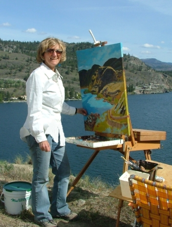Angie McIntosh painting the scenery in the Okanagan